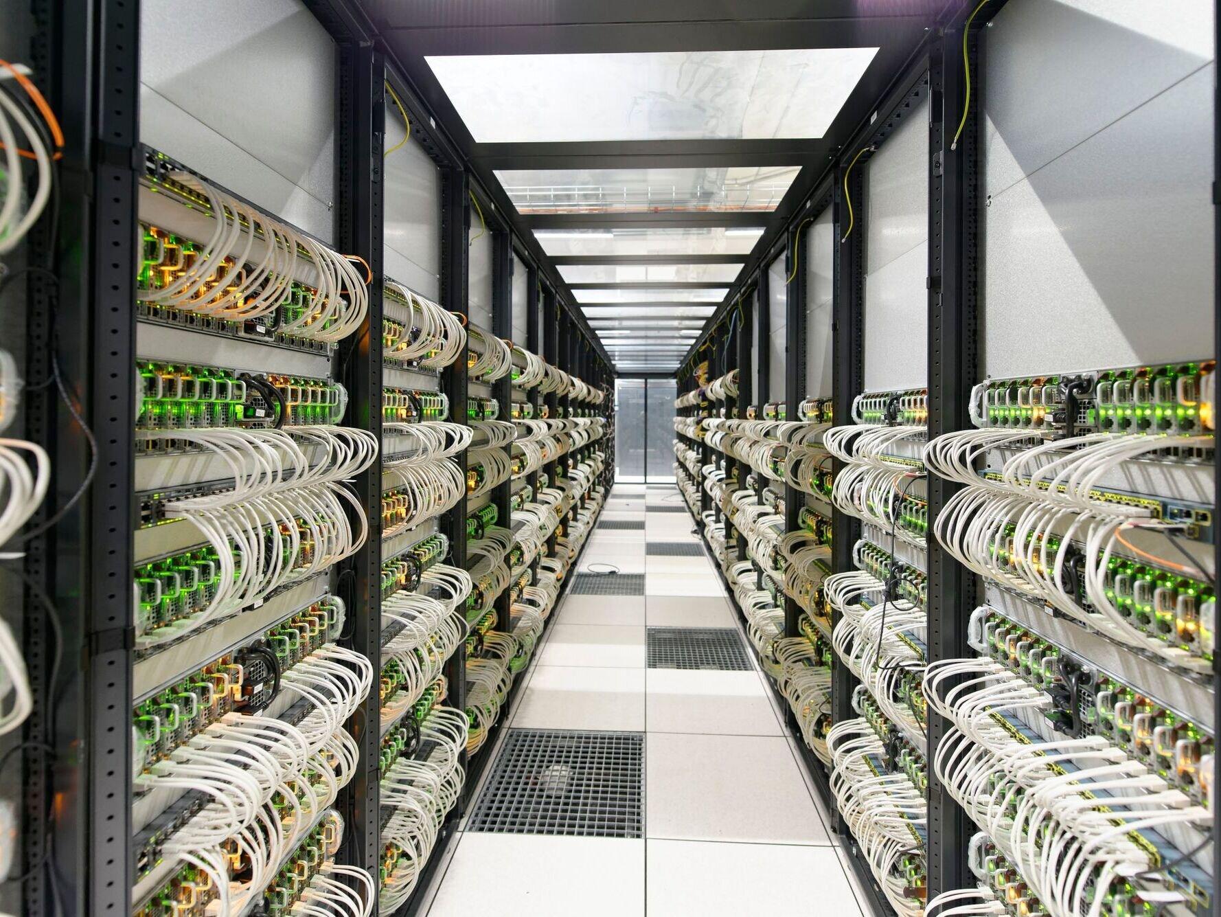 Scaleway rDCE : un indicateur de consommation pondérée (eau et électricité) pour les datacenters