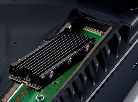 La PlayStation 5 s'ouvre aux SSD M.2 tiers avec dissipateur : quelles règles suivre ?