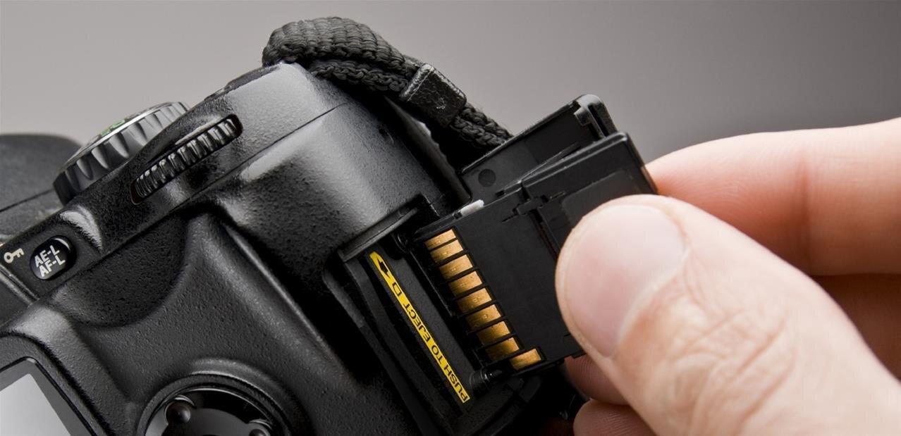 Lexar : des cartes CFast 2.0, XQD et SDXC très rapides, des clés USB 3.0 et Lightning/Type-C
