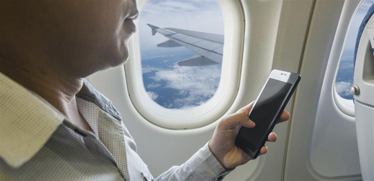LiFi : Oledcomm embarque ses modems dans un vol commercial, 1 Gb/s en ligne de mire