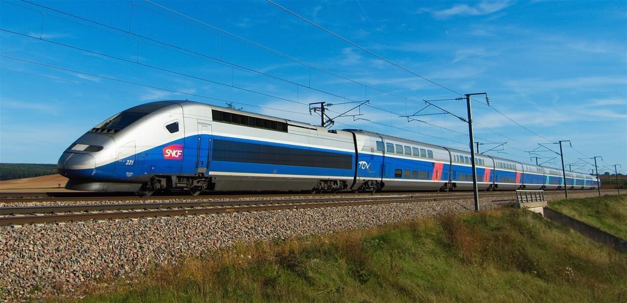 TGV Connect : du Wi-Fi gratuit sur la ligne Paris-Lyon, 80 % des voyageurs TGV d'ici fin 2017
